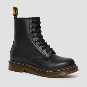 Dr. Martens 1940 Black Boots